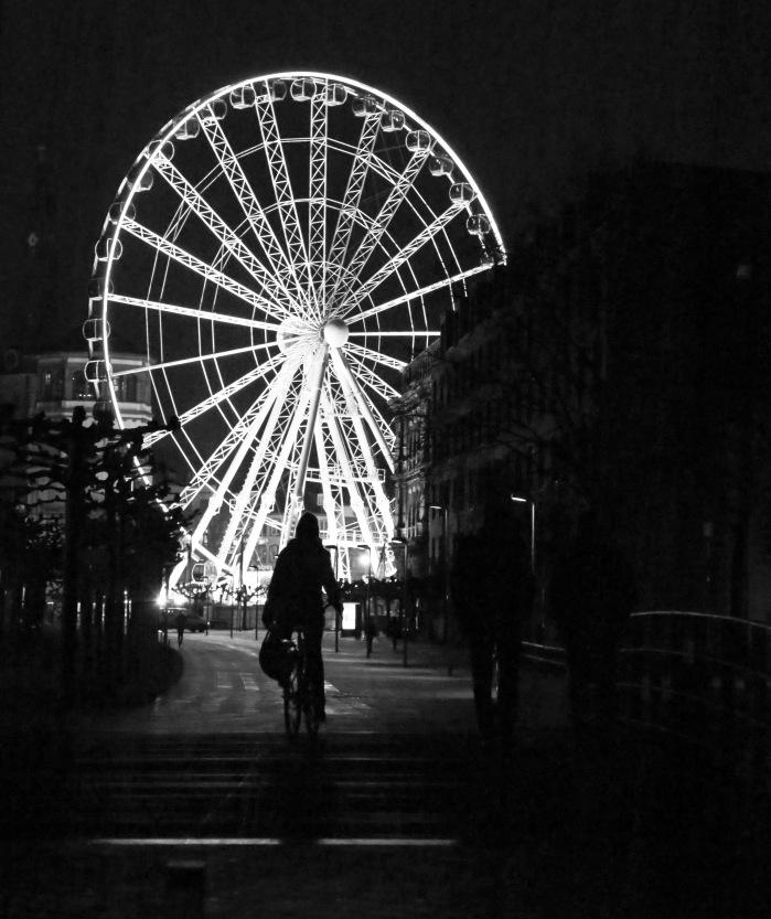"""""""Wheel of Vision"""" - Burgplatz, Düsseldorf"""