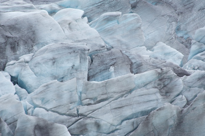 Di oceani, iceberg, vela e ancorasurf